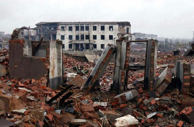 Ammonium nitrate was one of the compounds that ignited in a North Korea train explosion in 2004 that...