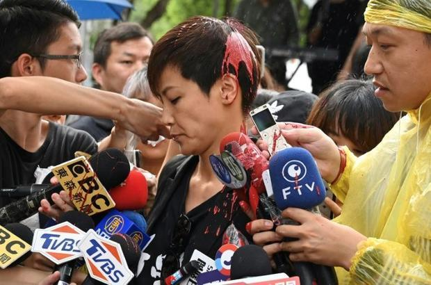 Hong Kong democrat activist Denise Ho was attacked with red paint in Taipei