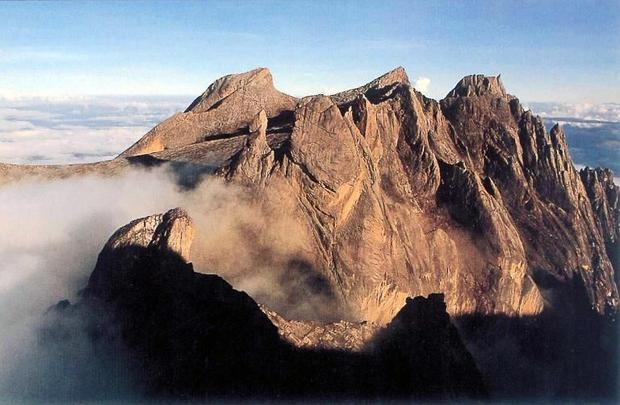 Malaysian rescuers have brought the last of 137 hikers down to safety after an earthquake stranded t...