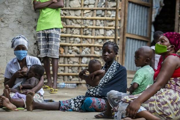 The scramble for food is obvious in the Pemba neighbourhood of Paquite Quete  where many displaced p...
