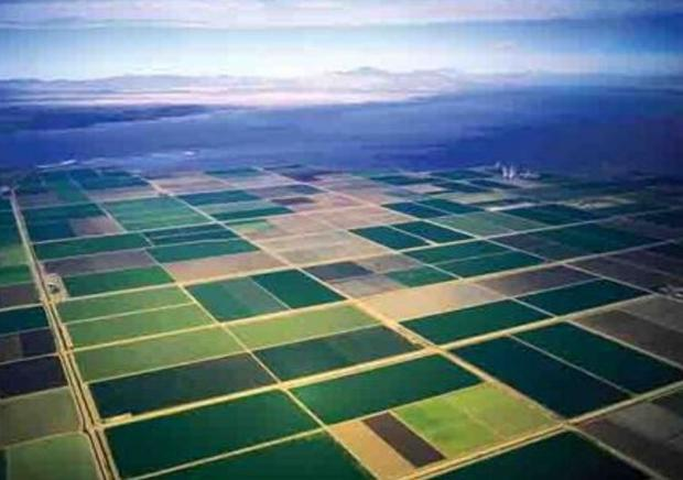 The Colorado River is the sole source of water for the Imperial Valley in southern California  one o...