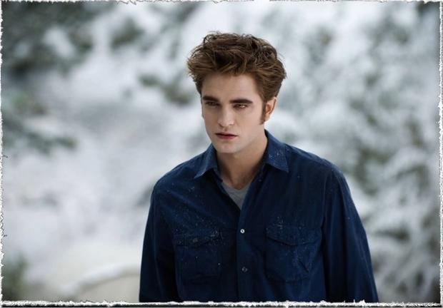 Pattinson in a scene from  Eclipse
