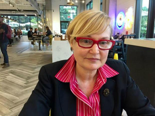 Bestselling author Kelly Oliver