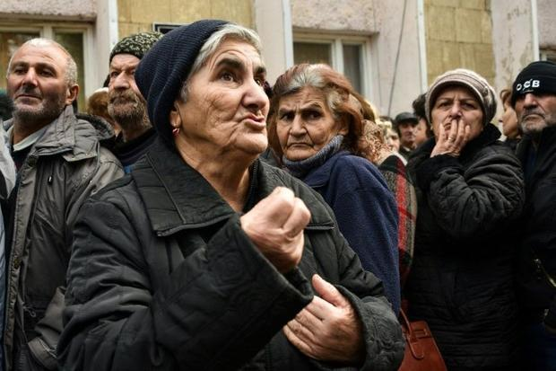 Soldiers from Baku told them to leave  says 70-year-old Elmira Grigoryan