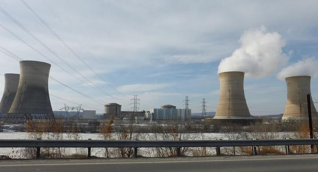 Viewed from the east  Three Mile Island currently uses only one nuclear generating station  TMI-1  w...