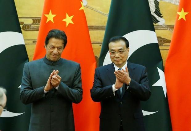 Pakistani Prime Minister Imran Khan and China's Premier Li Keqiang
