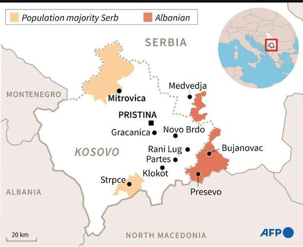 Map showing the border between Serbia and Kosovo and zones with a majority population of Serbs or Al...